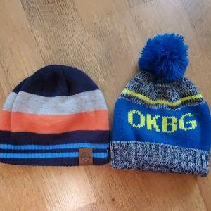 2 oshkosh hats